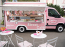 Finest homemade desserts from the sweetest food truck in Switzerland